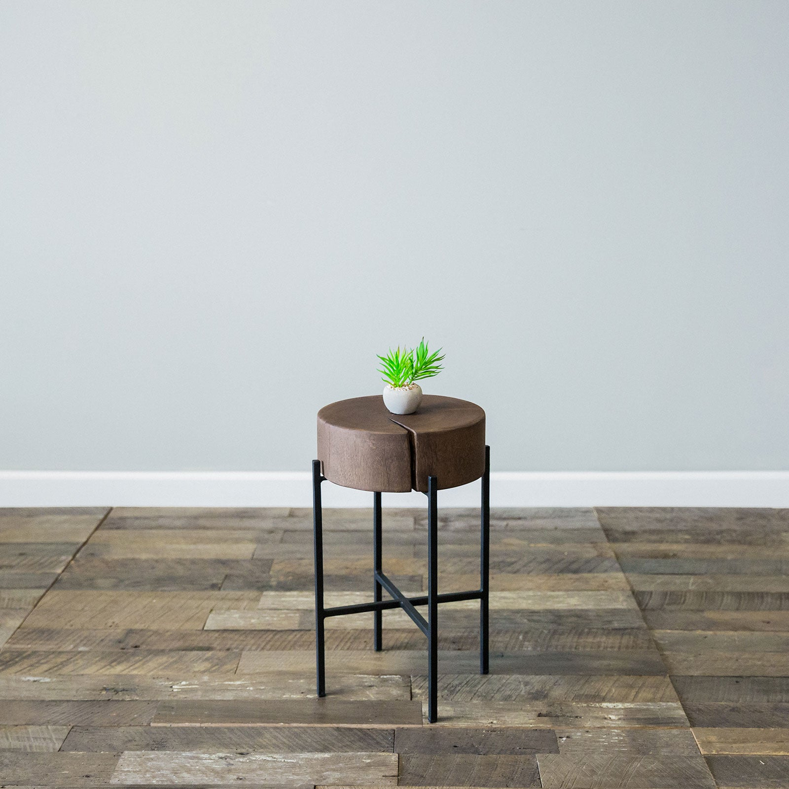 Bryce Accent Table  Small Chestnut