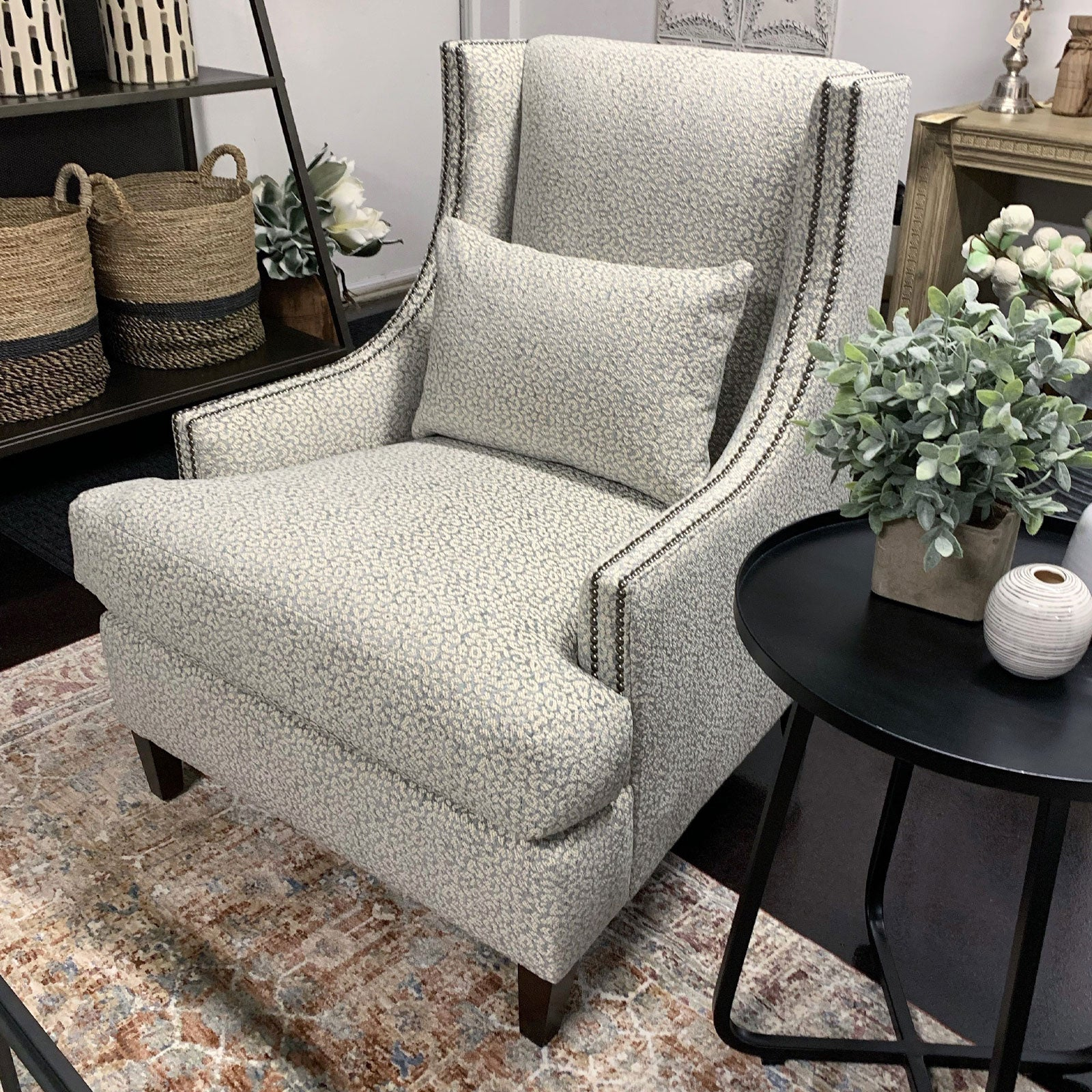 Tinsley Chair w/ Nails