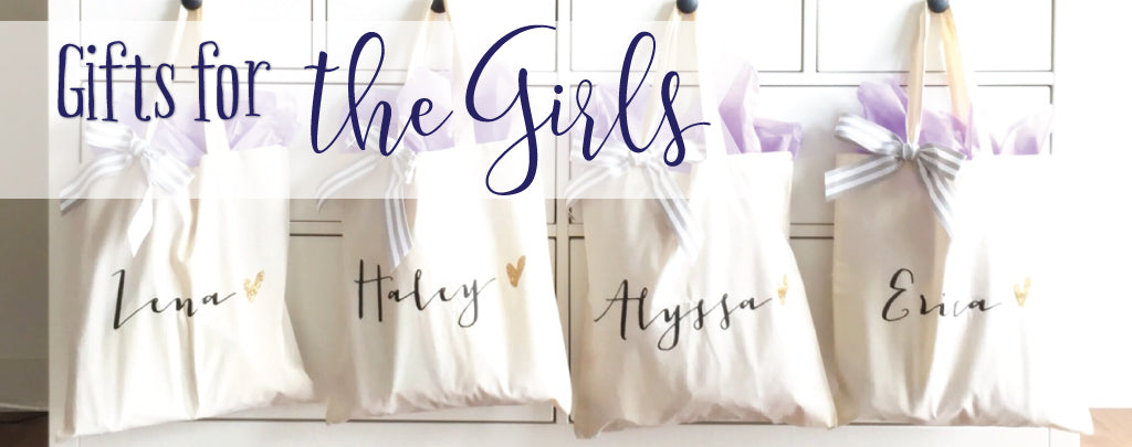 bridal party wedding gifts and favors for bridesmaids