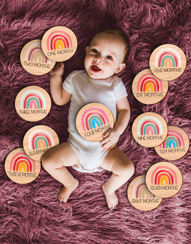 Monthly Baby Circles // SET of 12 Rainbow Discs Milestone Age Cards Wooden Circles, Photo Prop, Baby Shower Gift, Baby Announcement