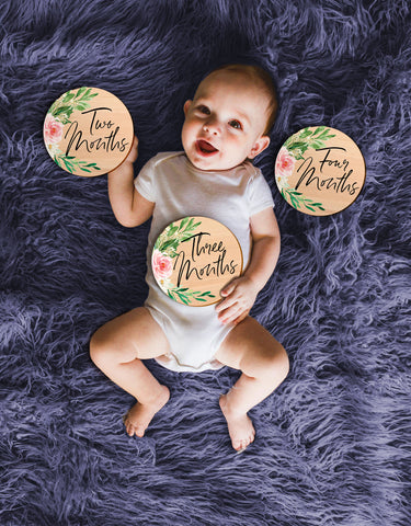 Monthly Baby Circles // SET of 12 Age Discs Milestone Wooden Cards Wood Circles, Photo Prop, Baby Shower Gift, Baby Announcement
