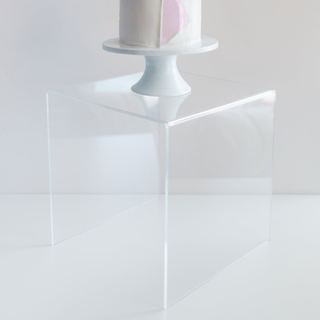 Clear Acrylic Wedding Cake Stand – Z Create Design