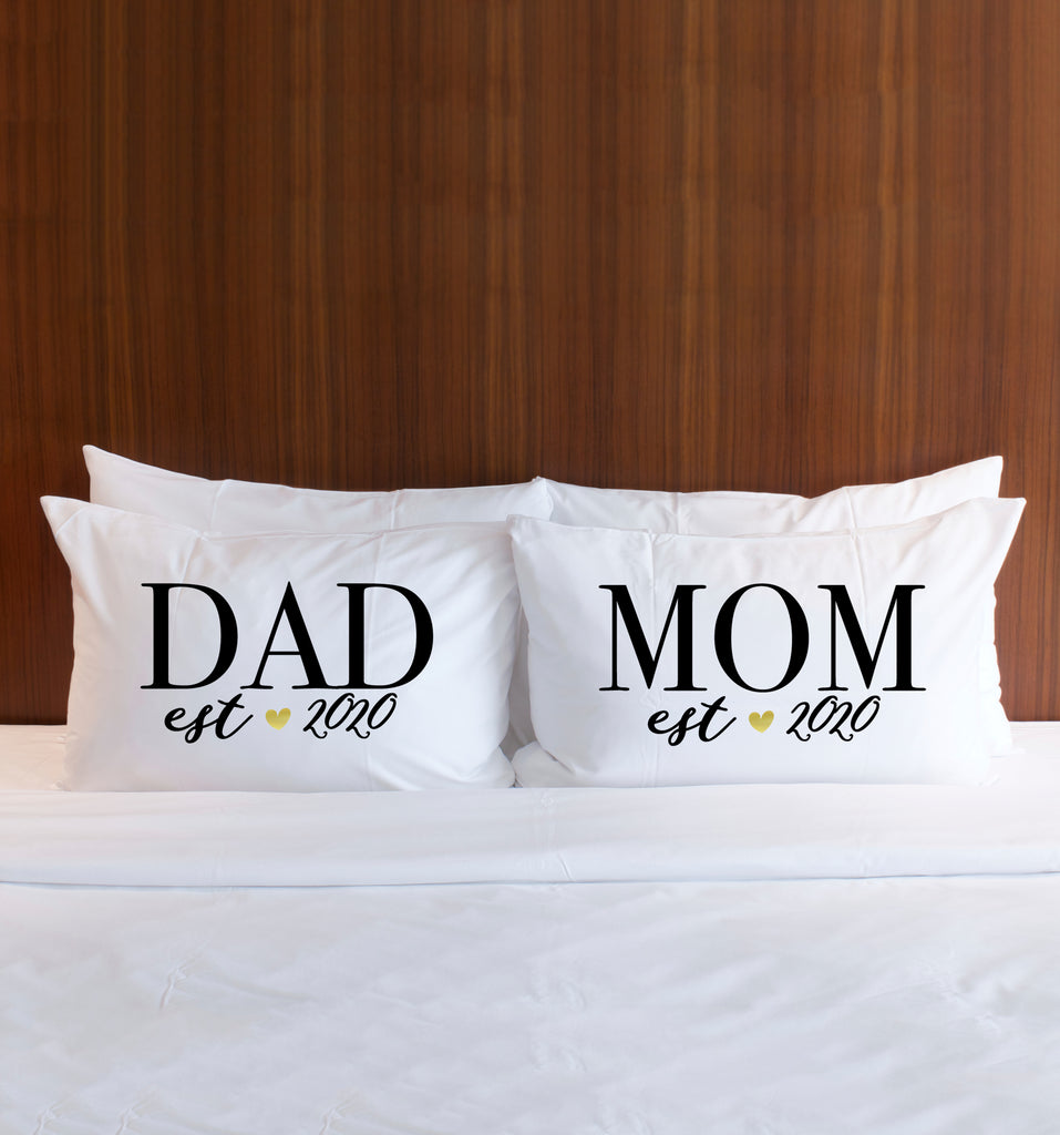 """ DAD/MOM"" Pillowcases Gift for Couple - Wedding Decor Gifts"