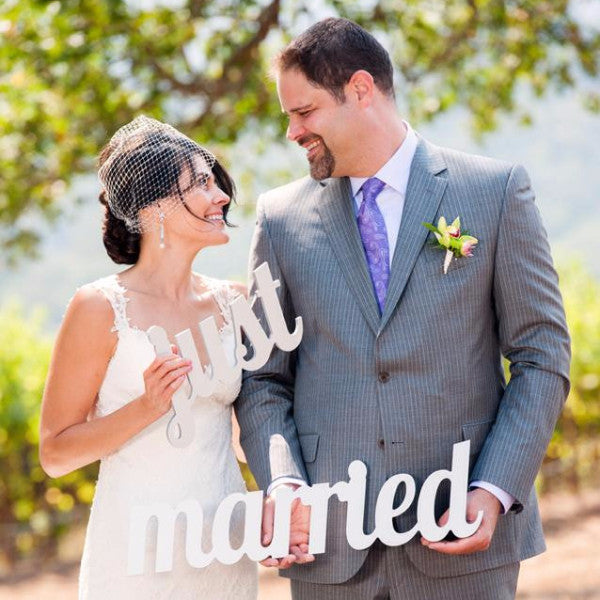 Just Married Photo Prop Sign for Wedding - Wedding Decor Gifts