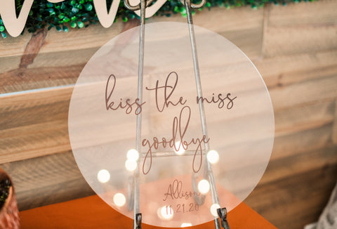 Bridal Shower Game Sign, Kiss the Miss Goodbye, Keepsake for Bride, Round Circle Sign for Bridal Shower Party Sign Decor