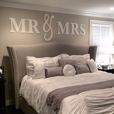 mr mrs wall signs queen size z create design. Black Bedroom Furniture Sets. Home Design Ideas