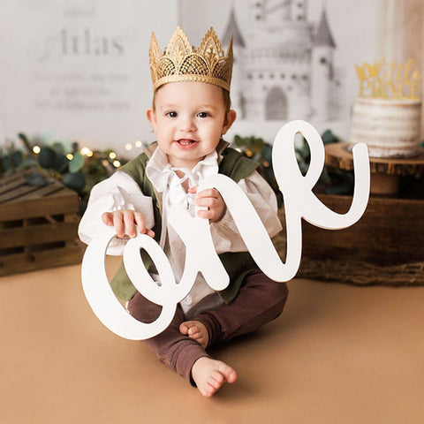 One Sign Photo Prop for First Birthday Photo Shoot for Babies