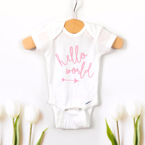 "Newborn ""Hello World"" Photo Outfit"