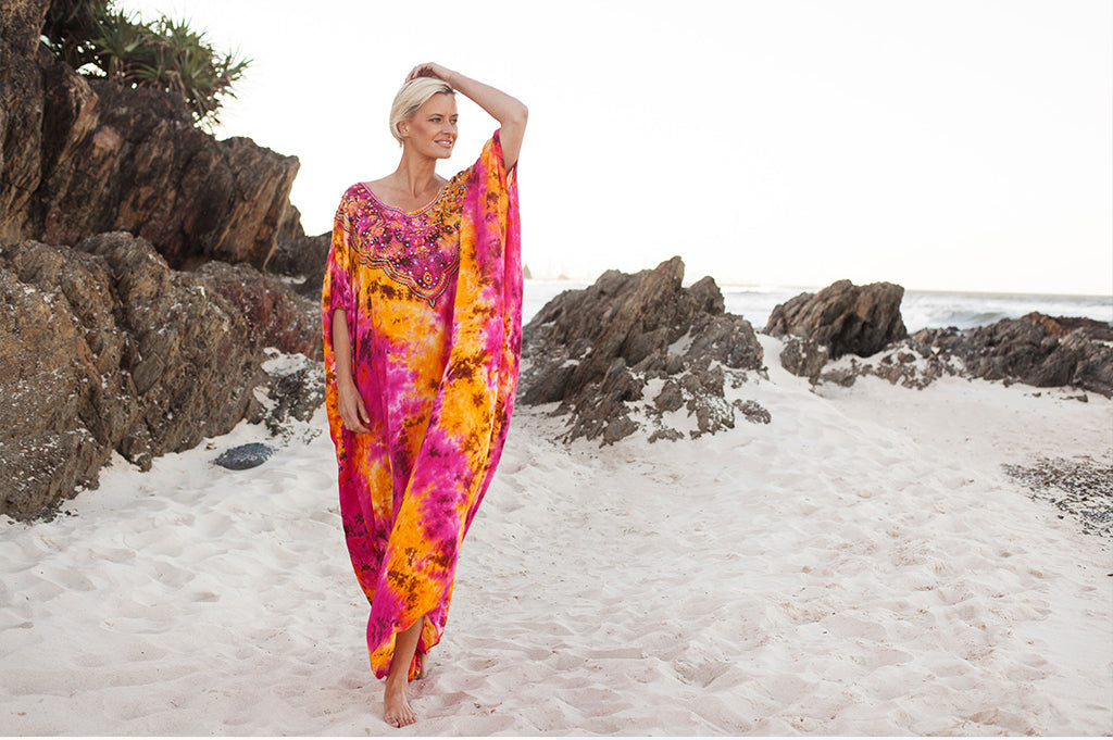 Julia Kaftan in Orange