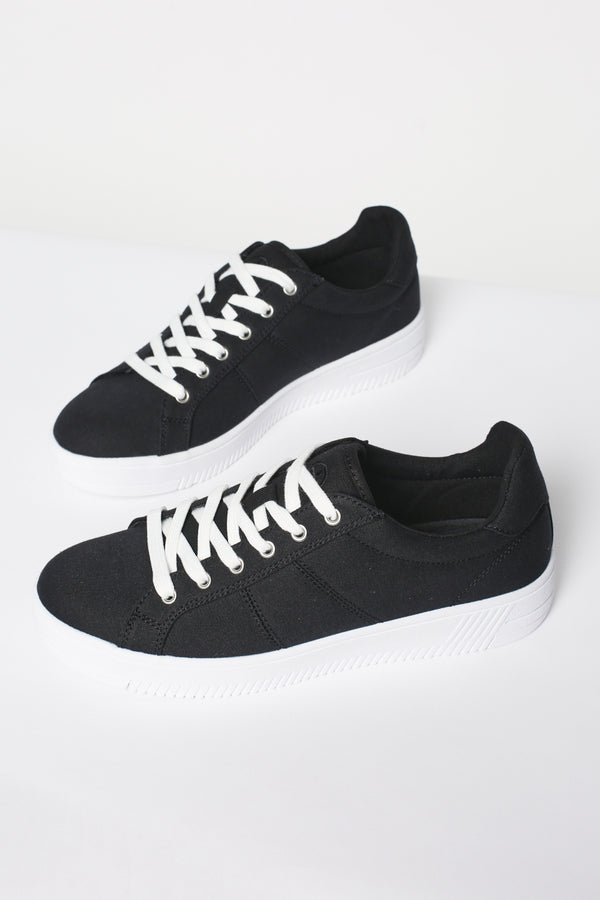 Human Footwear Ava Sneakers in Black
