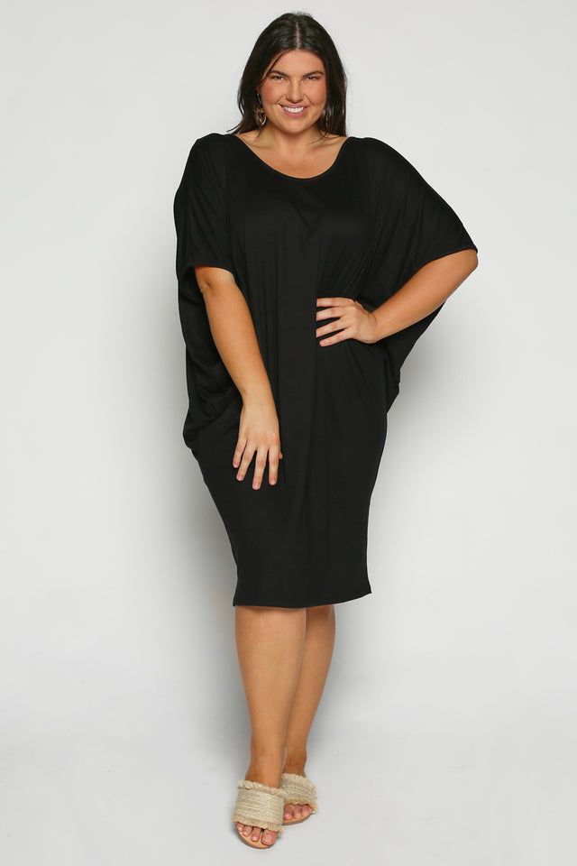 Batwing Sleeve Dress in Black (Plus Size)