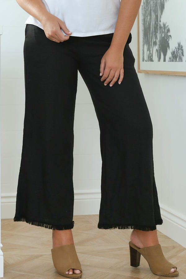 Wide Leg Pant in Black (Plus Size)