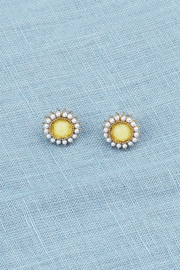Gold and Pearl Round Earrings in Lemon