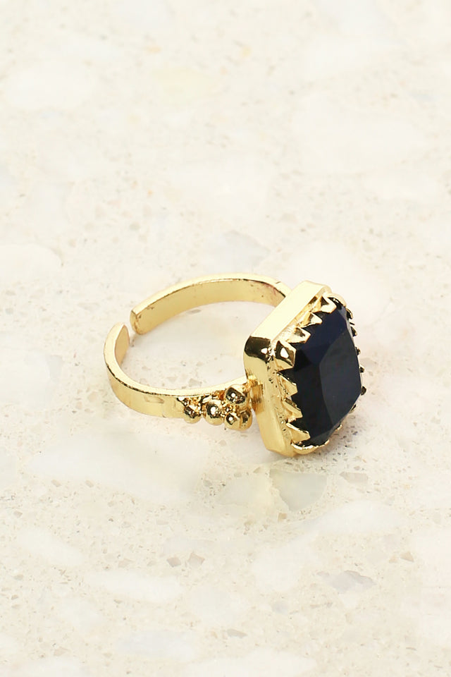 Chelsea Ring in Black