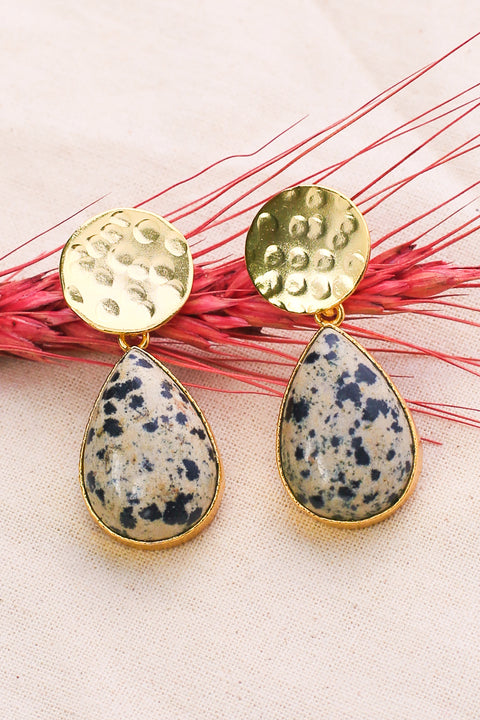 Karla Earrings in Pearl