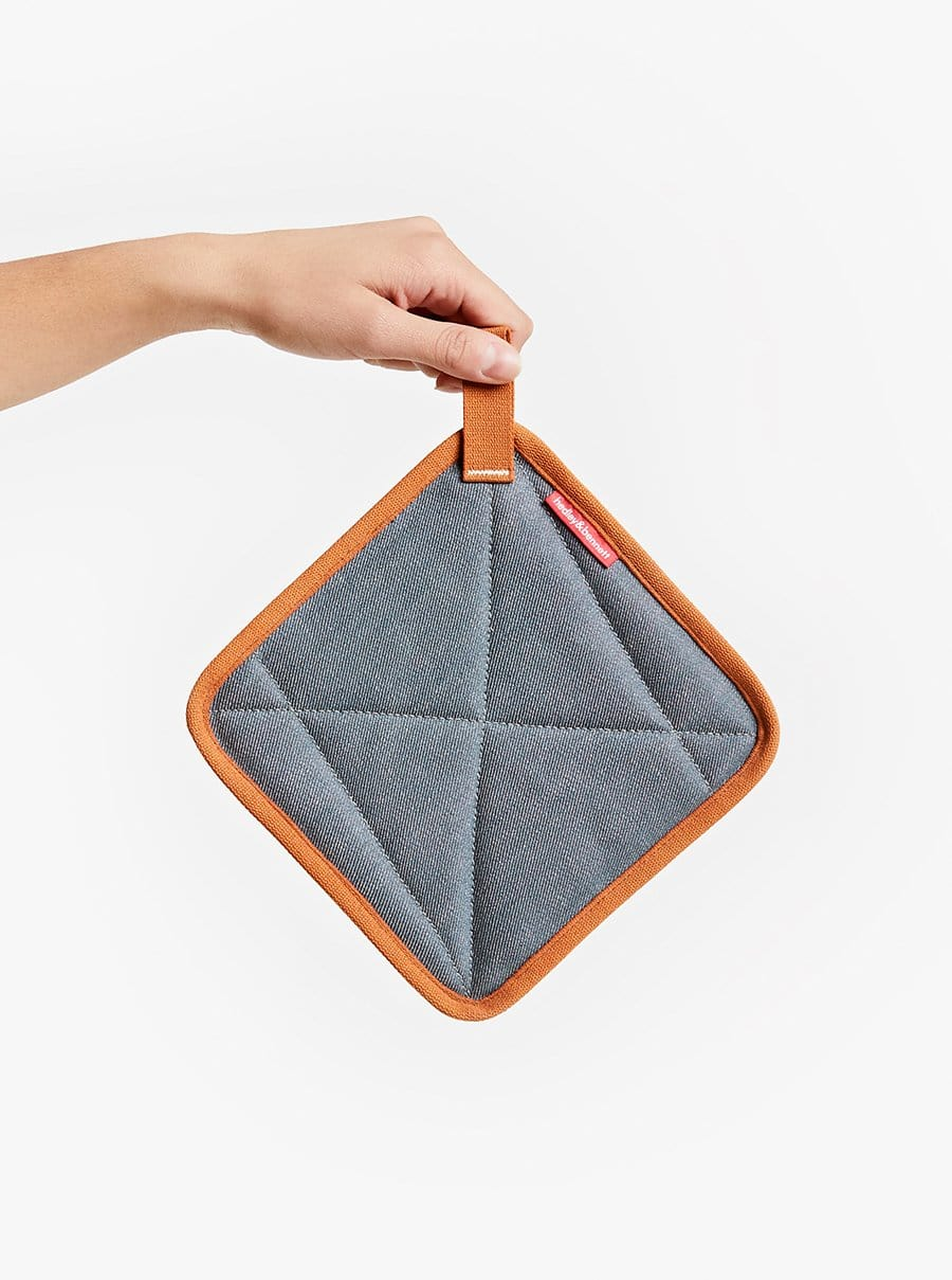 The Potholder - Cedar