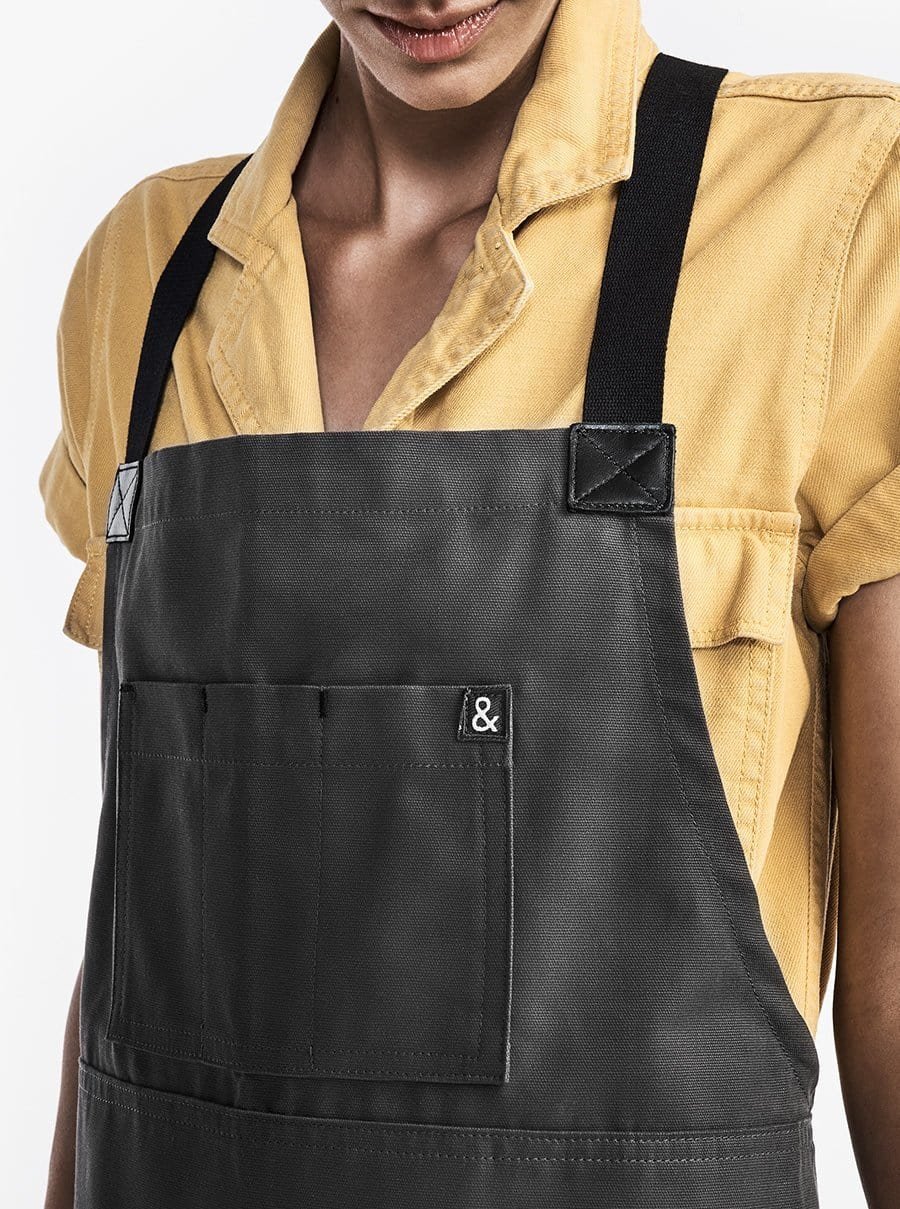 The Heavy Duty Crossback Apron - Michael Gray