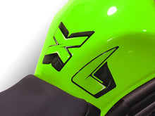 Load image into Gallery viewer, KAWASAKI ER6N 13-17 Tank pad - Uniracing