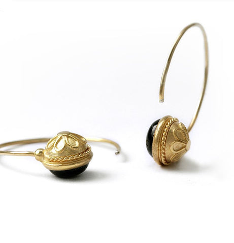 Energy jewelry- solid gold hoop earrings