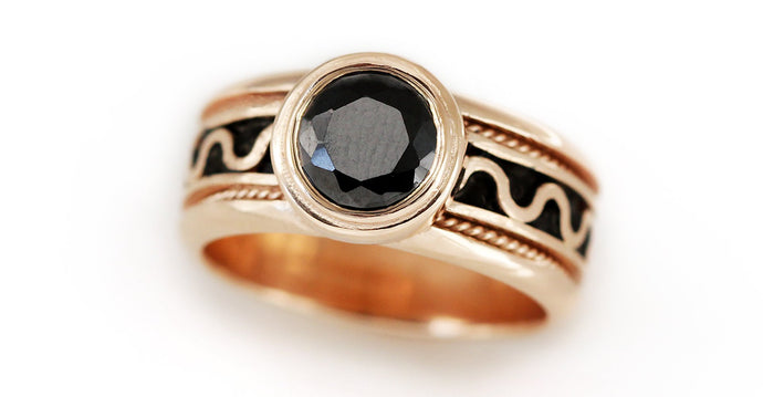 rose gold ladies misti ring with black stone