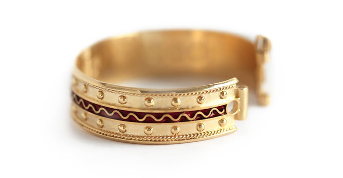 Filigree decorated Egyptian Faro red bracelet
