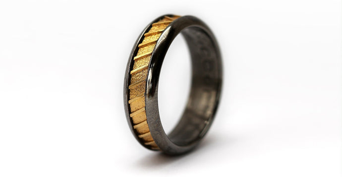 Black and gold twisted wedding band ring
