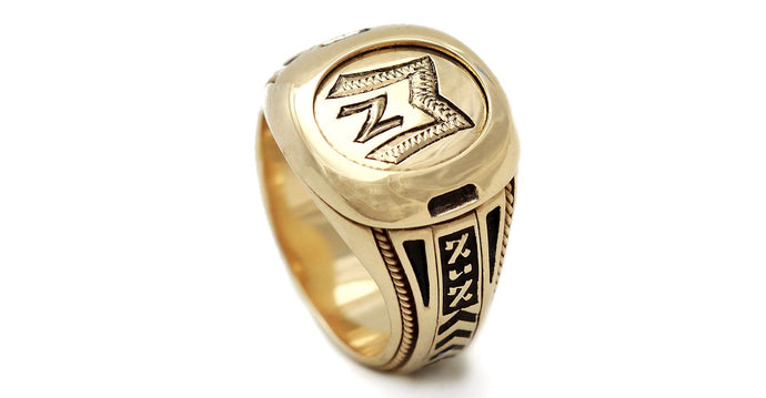 Signet ring- retirement gift ideas for men