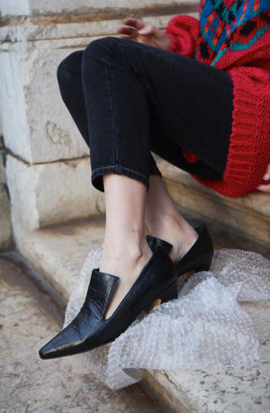 Constance Black Croc Leather Mid-Heels