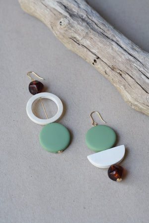 Pretty Asymmetrical Pendant Earrings