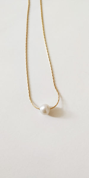 Single Pearl Strand Necklace