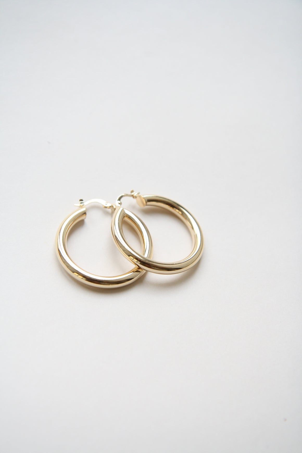Ninon Large Gold Hoops