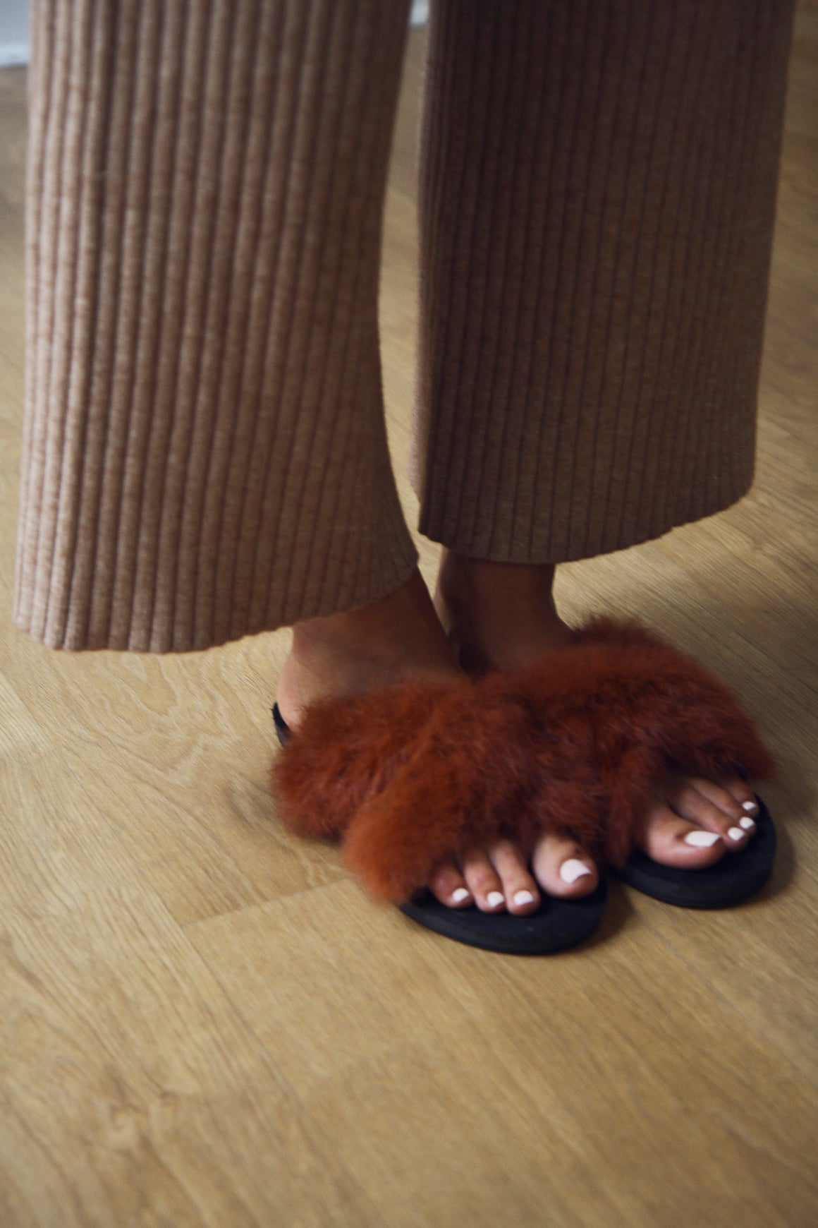 Toffee Fur Slides