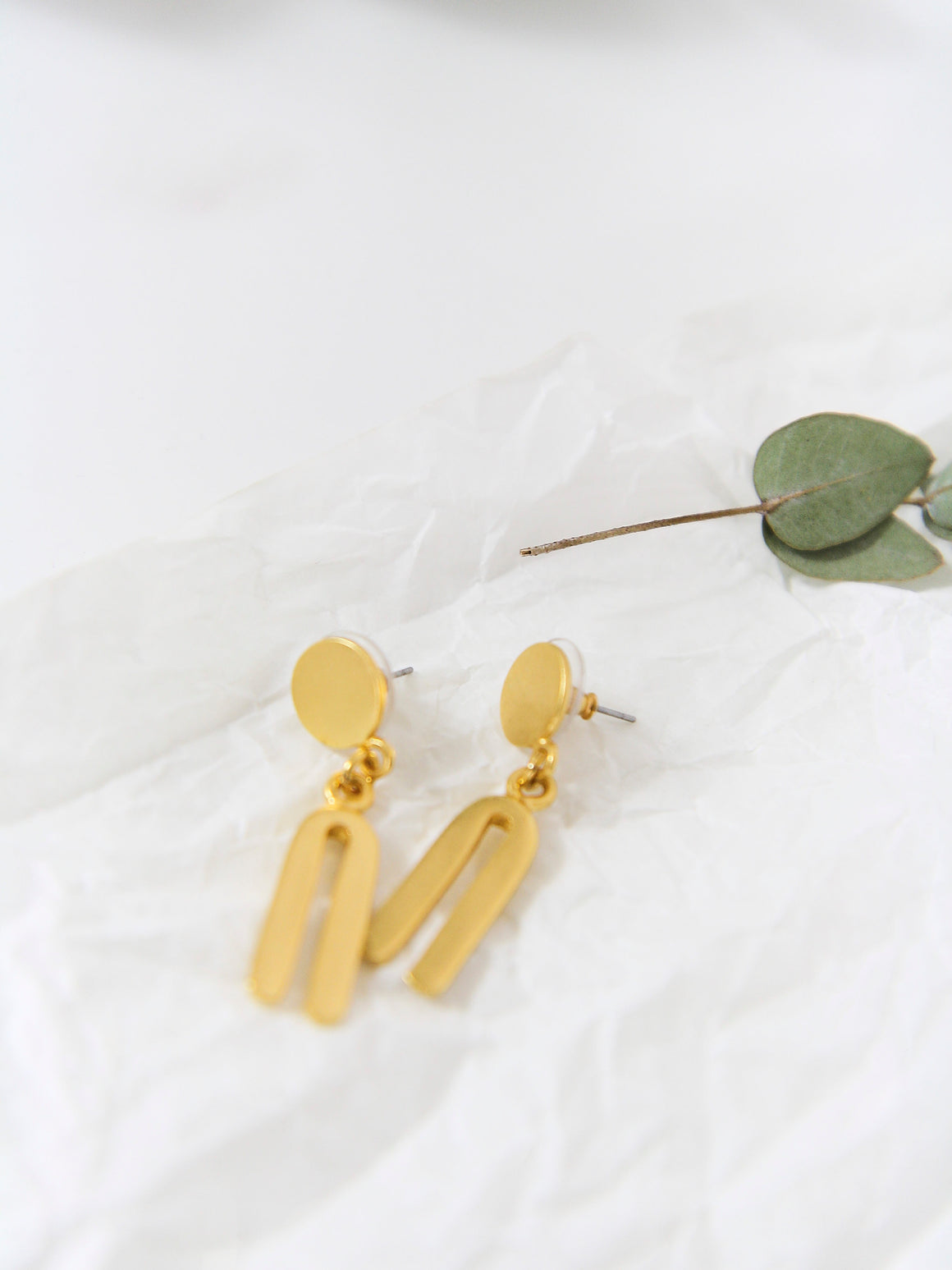 Cocora 24kt U Earrings