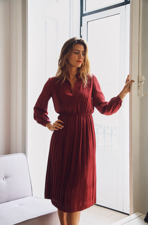 70s Gorgeous Burgundy Dress