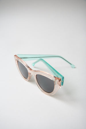 Phoenix Cat Eyes Rose Quartz Sunglasses