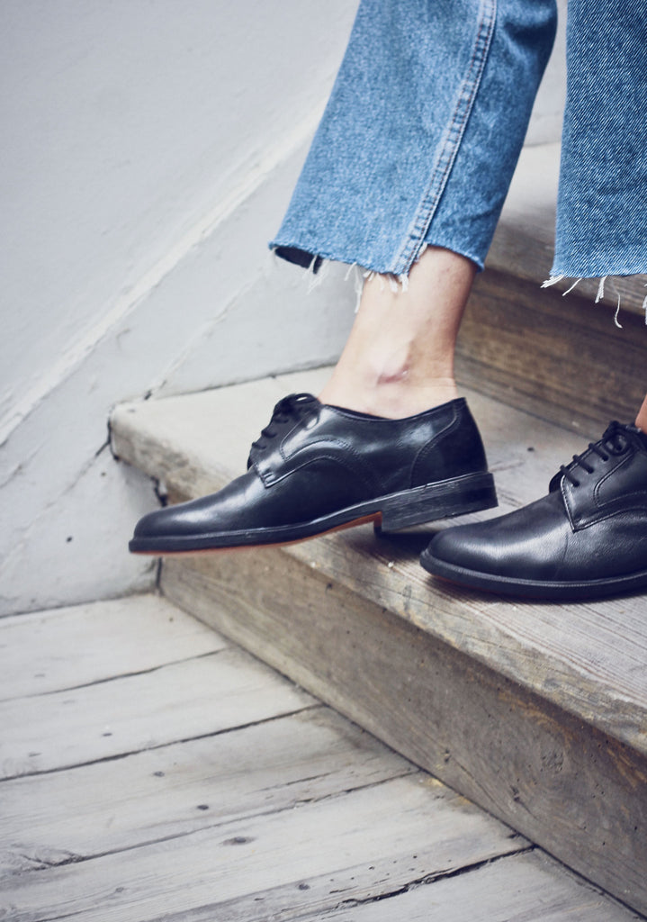 Black Lace-Up Leather Heel Brogues