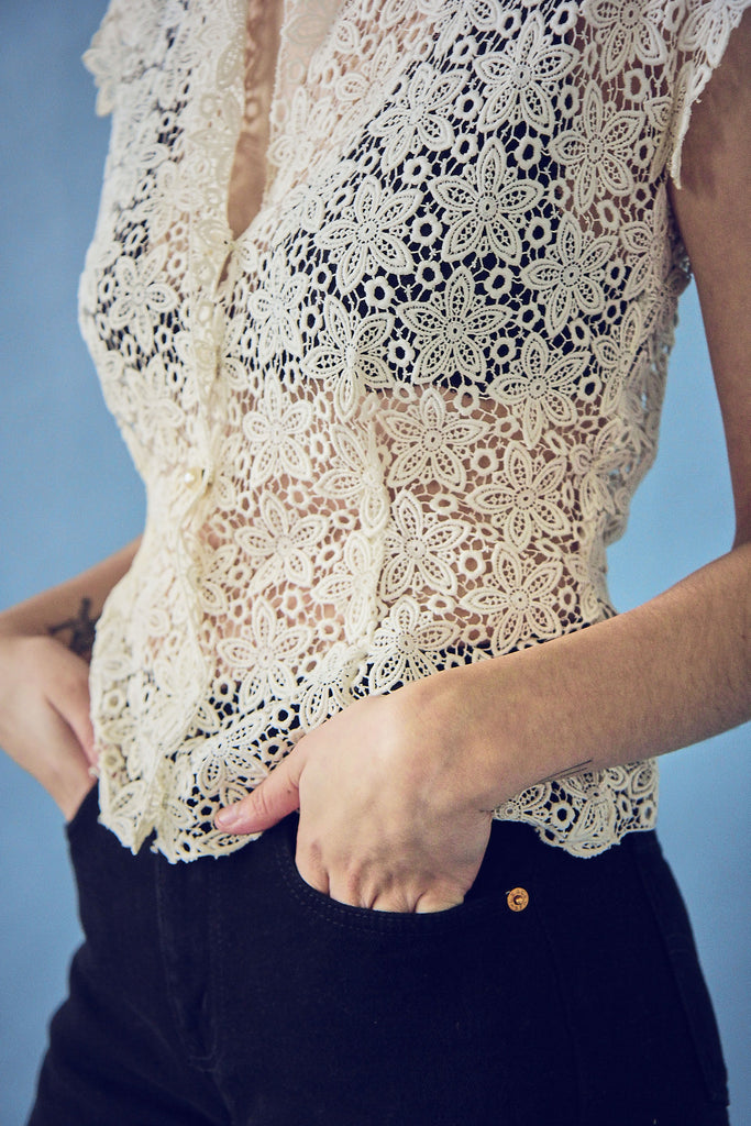 40s White Crochet Lace Button Up Blouse