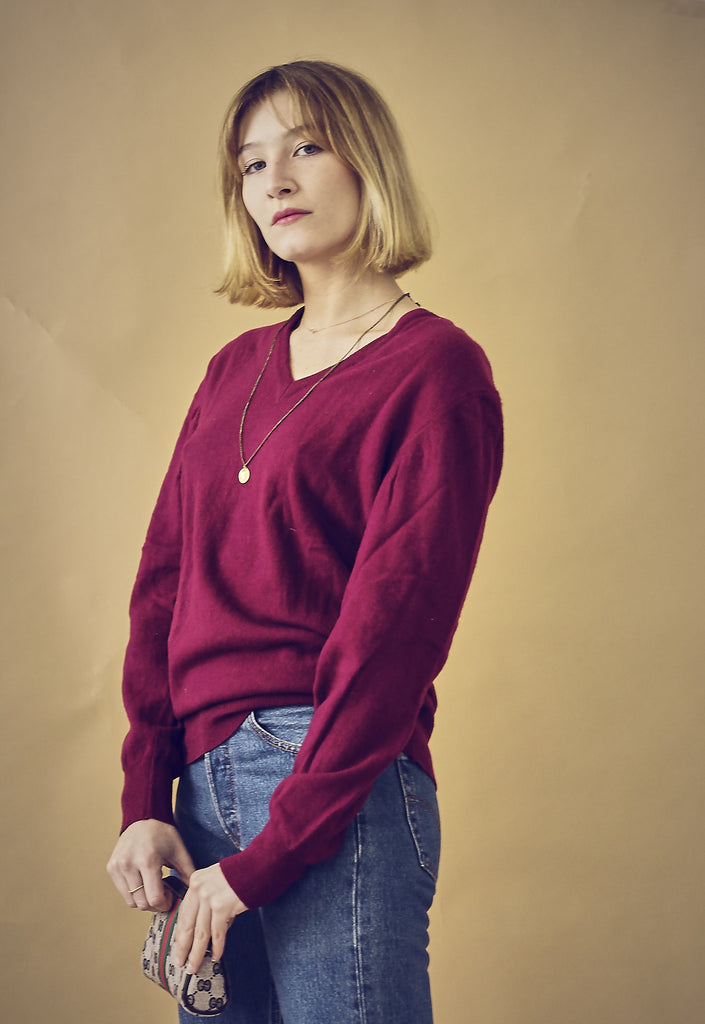 90s Berry v-neck Lambswool Jumper