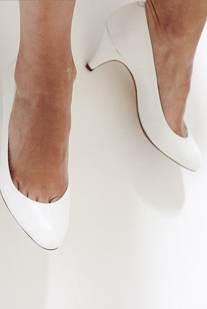 90s White Leather Pumps