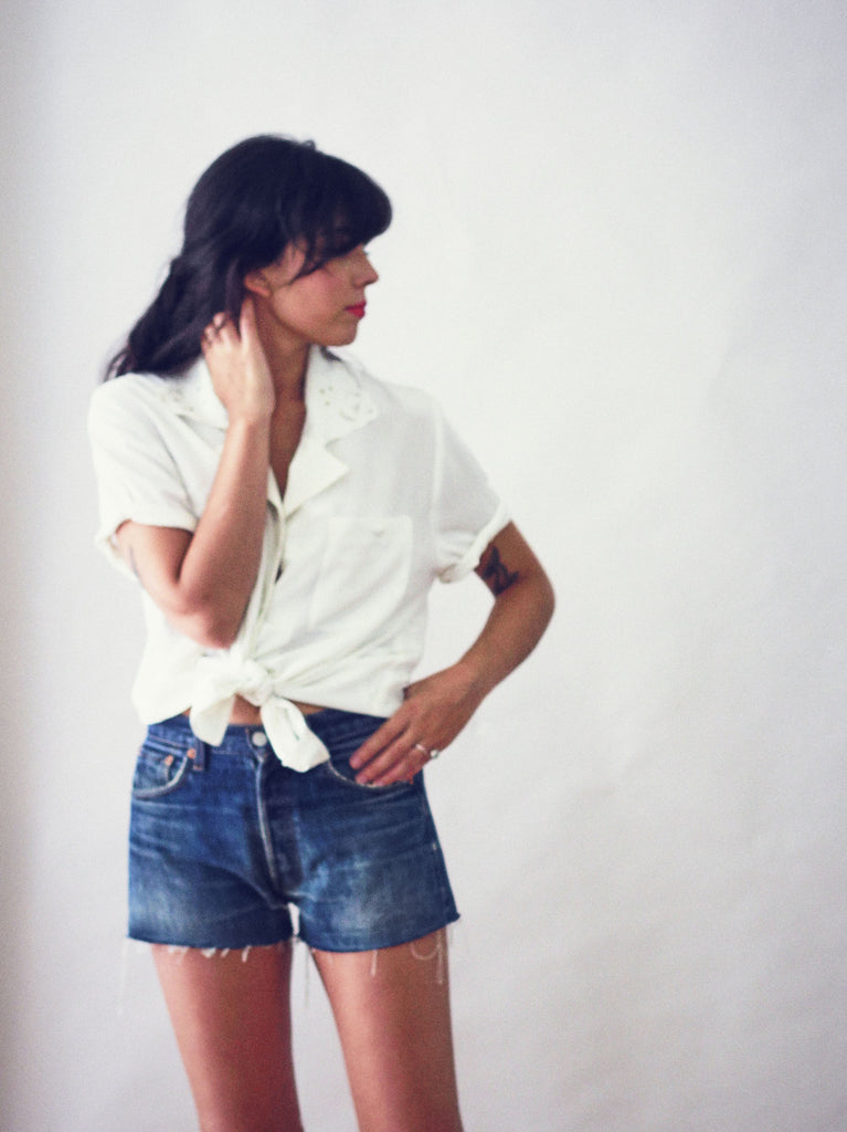 Vintage 90s Levis Denim Cut Off-Shorts