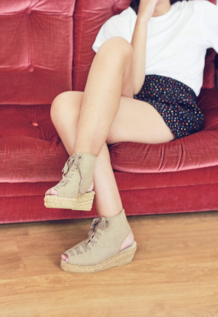 90s Beige Lace Up Espadrilles