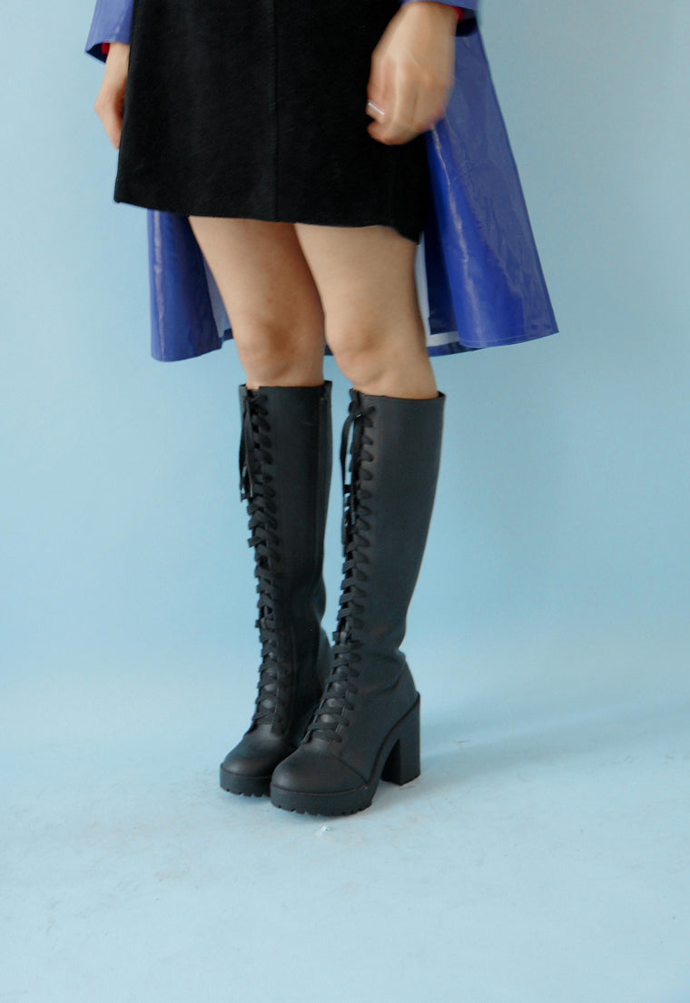 90s  Black Lace Up Boots