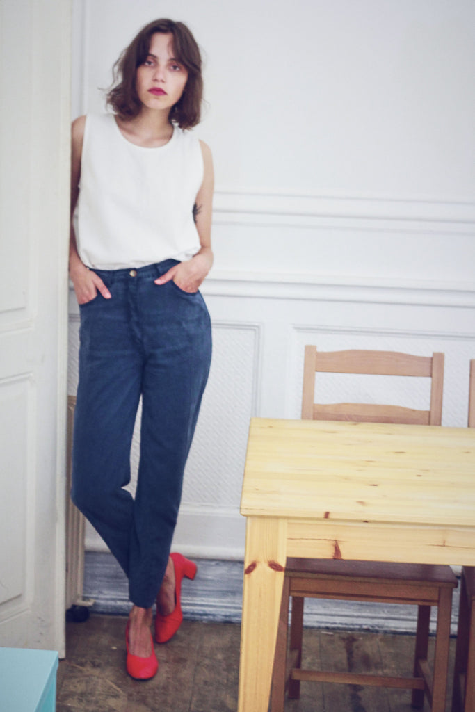 90s Navy Tapered Trousers