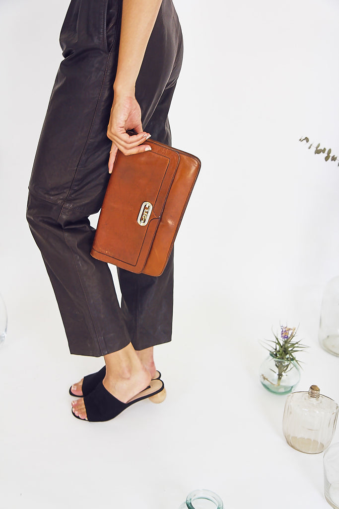 Toffee 70s Leather Clutch Bag