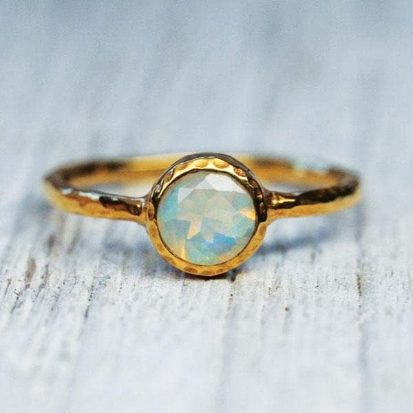 Aurora Opal Ring : Gold