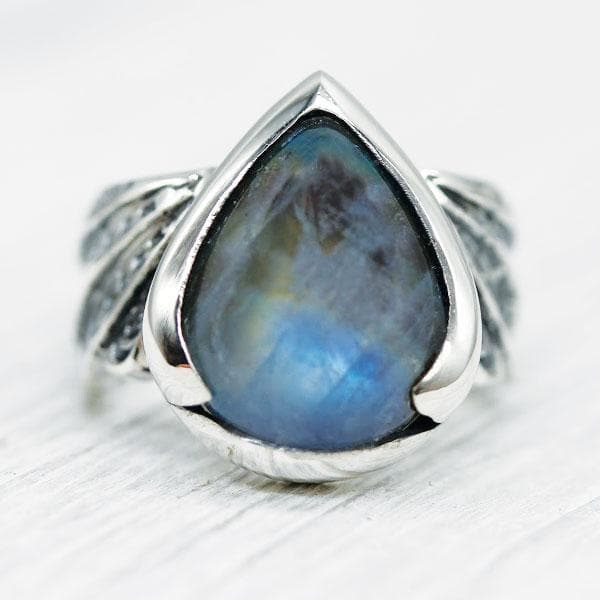 Winged Ring :: Moonstone
