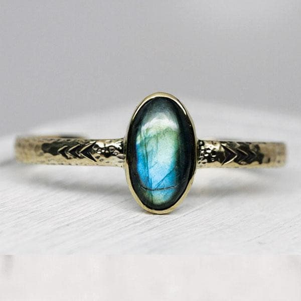 Heirloom Cuff || Labradorite