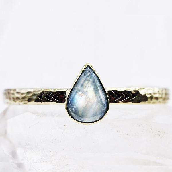 Heirloom cuff :: Moonstone