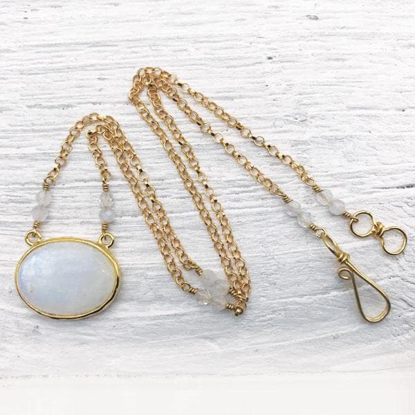 Moonstone Saranya Necklace :: see more colors