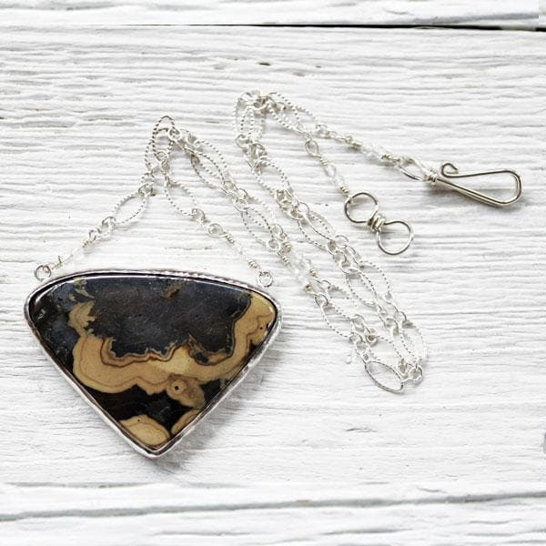 Schalenblende Necklace